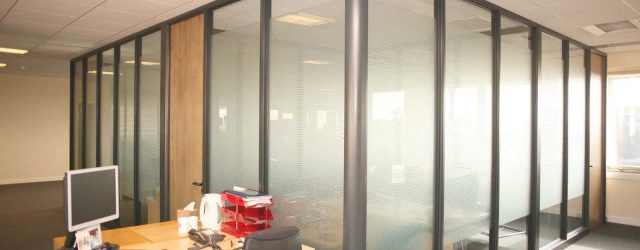 glass-partitions-office