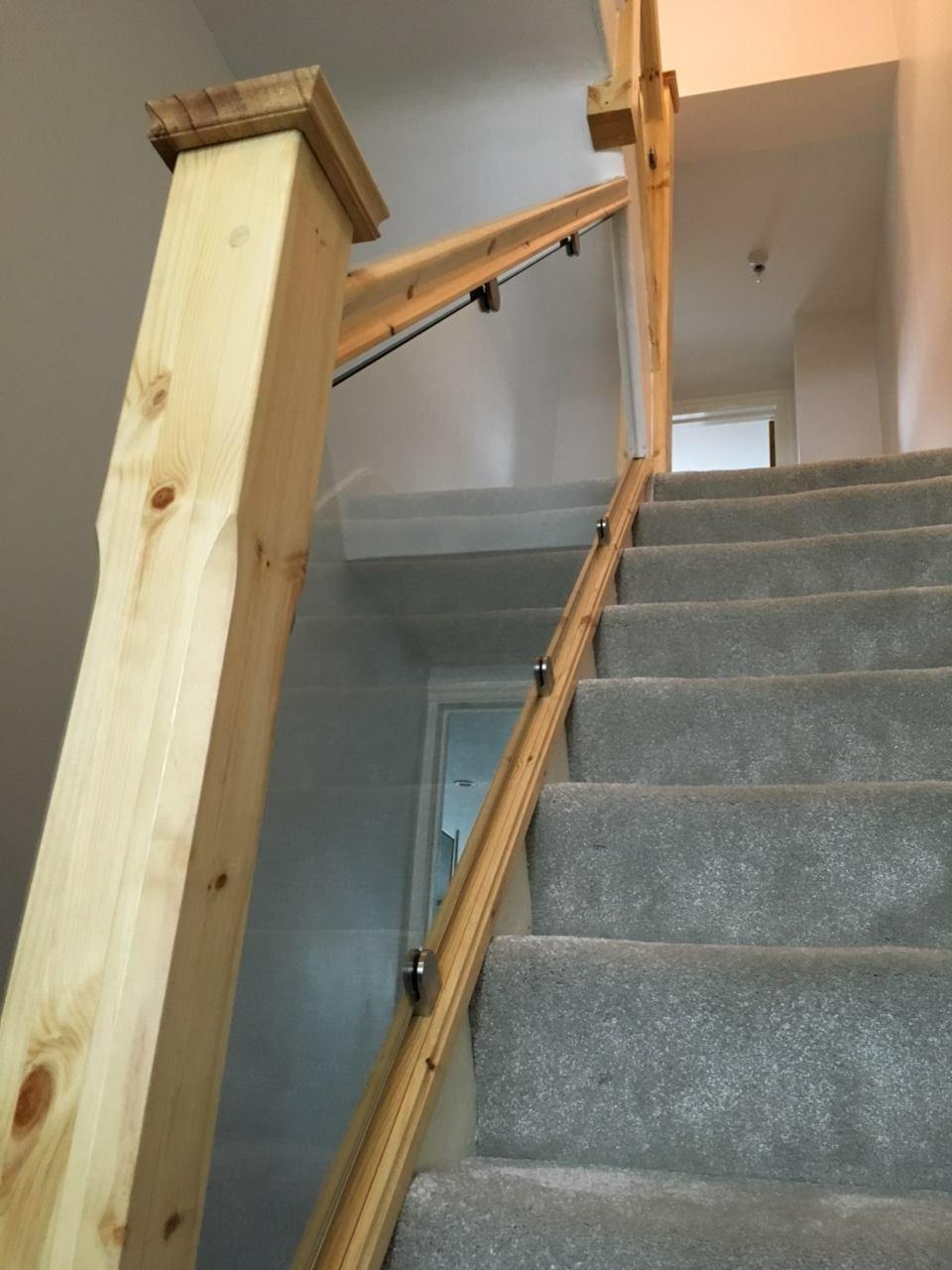 wooden-balustrade